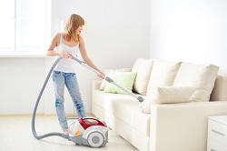 se16-upholstery-steam-cleaner-docklands